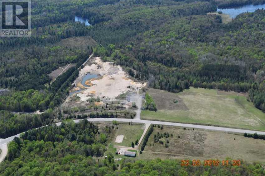 3841 Muskoka 118 Road W, Muskoka, Ontario  P0B 1J0 - Photo 1 - 30692791