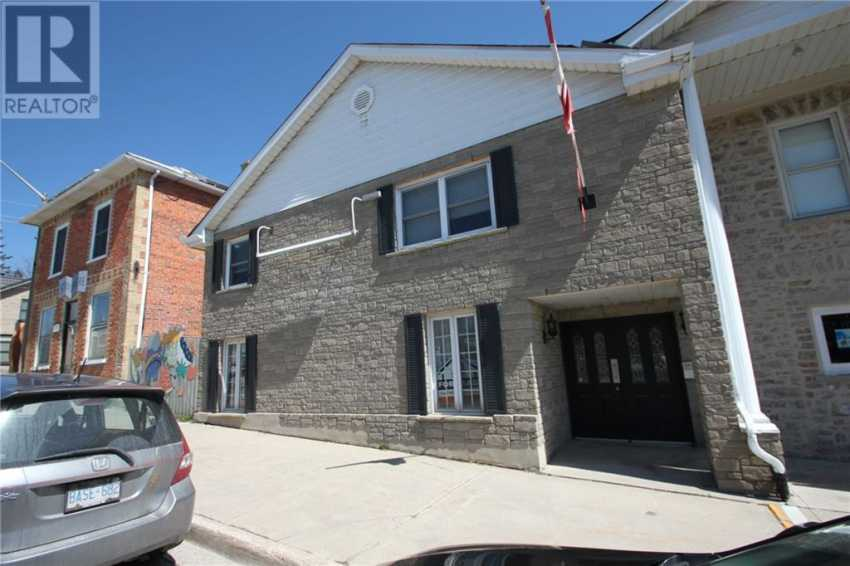 Front -  160 St David Street N, Fergus, Ontario  N1M 2J6 - Photo 1 - 30775405