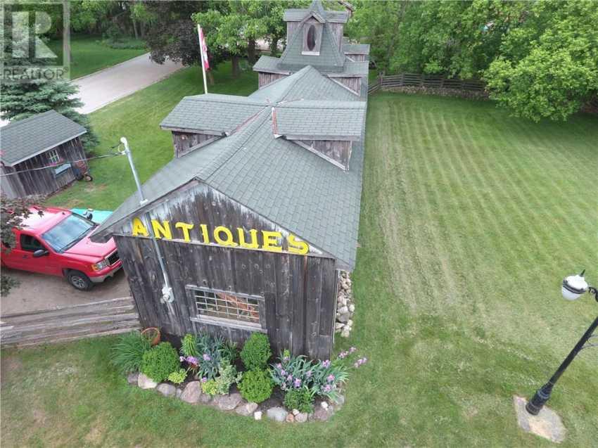 52 Brock Road S, Puslinch, Ontario  N0B 2J0 - Photo 2 - 30782046